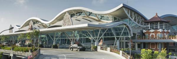 图班 巴厘岛机场