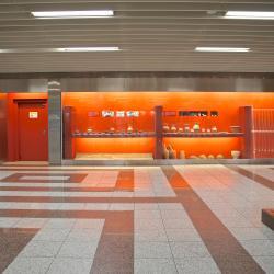สถานีเมโทรอะโครโพลิส