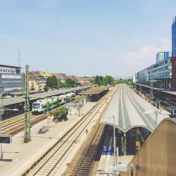 สถานีไฟรบวร์ก (ไบรส์เกา)