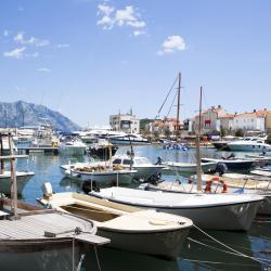 ท่าเรือ Budva Marina