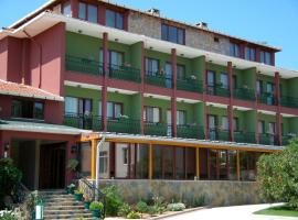 Rhebas Hotel, ริวา