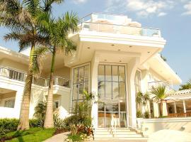 The Falls Hotel, กัวรูจา