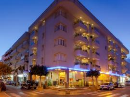 Aparthotel Duquesa Playa, ซานตายูเลเรียเดสริว