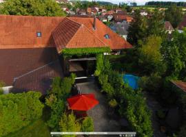 Bijou Hotel / Love and Romance, Kallnach