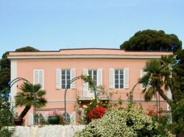 Villa Cassuto Maison de Charme, ลีวอร์โน