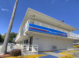 Motel 6 Orlando - Winter Park, ออร์ลันโด