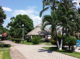 Villas & Resort Mar y Cocos, มานซานิลโล