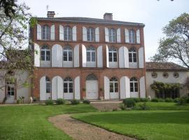 Chambres d'Hotes Au Château, Saint-Nicolas-de-la-Grave