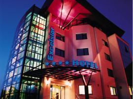 Hotel Excelsior, ทีมิซัวรา