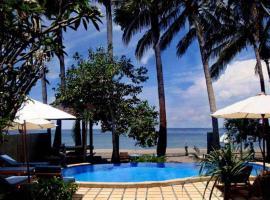 Bali Bhuana Beach Cottages, อาเหม็ด
