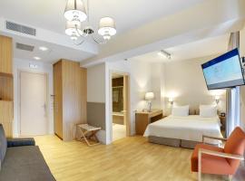 Phidias Piraeus Hotel, พีเรียส