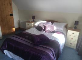 Lough Arrow Lakeside Accommodation, Riverstown