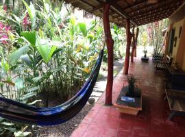 Mi Casa Hostel y Hotel El Tesoro, Cocles