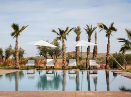 Squarebreak- Modern Villa Close to Marrakesh, แทมสลูท