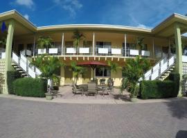 Capri Apartments, Lake Worth