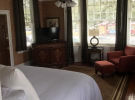 NOLA Grand Hotel & Spa, นิวออร์ลีนส์