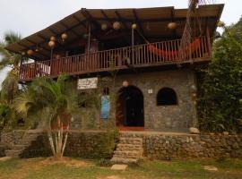 Posada Turística Rocas De Cabo Marzo, Bahía Solano