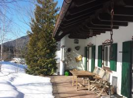 Ferienhaus Alpenbichl, Krün