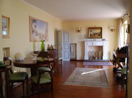 La Maison Jujube, Morrovalle