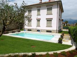 Villa Alda, Laveno-Mombello