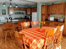 Private Dream Cottage, Waynesville