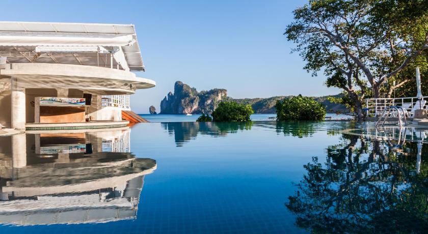 charlie beach resort - mejores hoteles en phi phi island