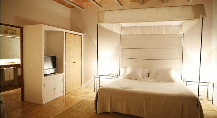 boutique hotels in campos  10
