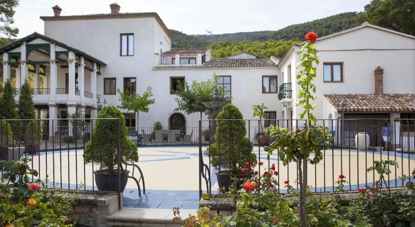 boutique hotels in alcoy  8