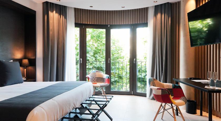 hoteles con encanto en arenys de mar  29