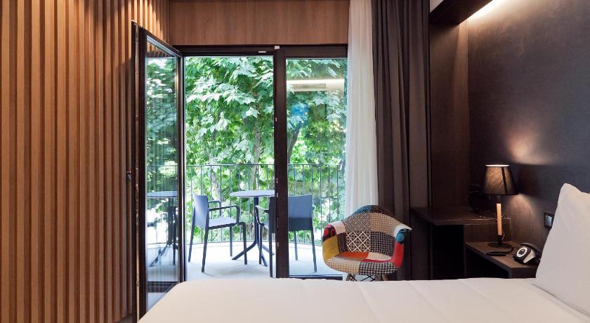 hoteles con encanto en arenys de mar  30