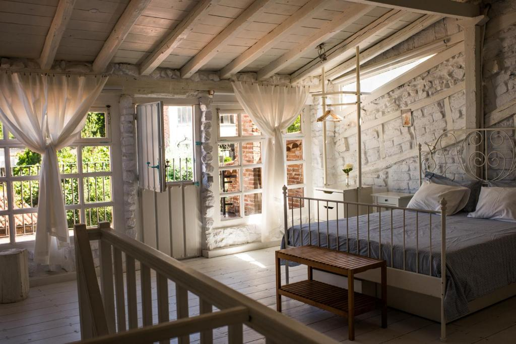 hotels with  charm in extremadura  100