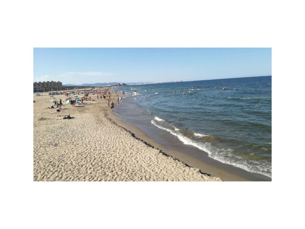ชายหาดของอพาร์ตเมนต์หรือชายหาดที่อยู่ใกล้ ๆ