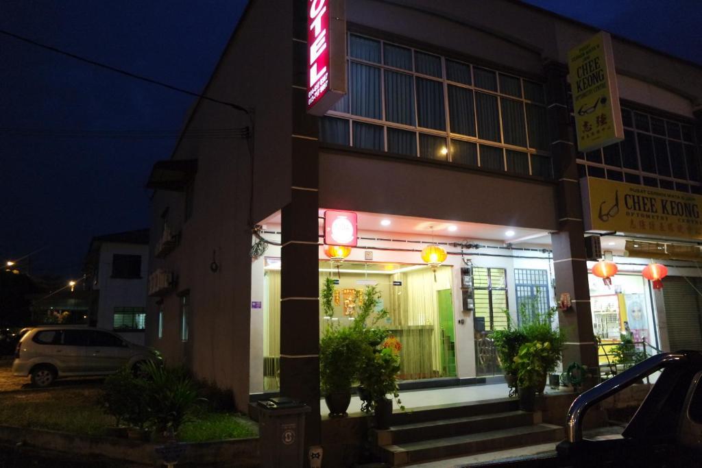 Lim Mini Hotel