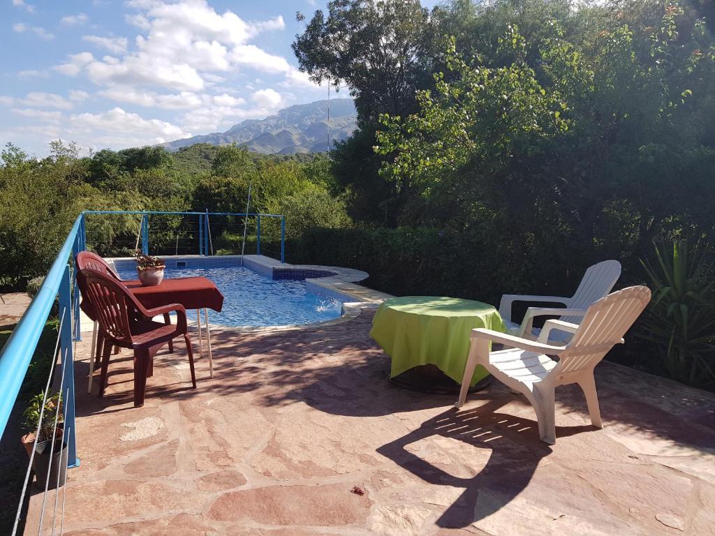 สระว่ายน้ำที่อยู่ใกล้ ๆ หรือใน Cabañas Wayramuyu