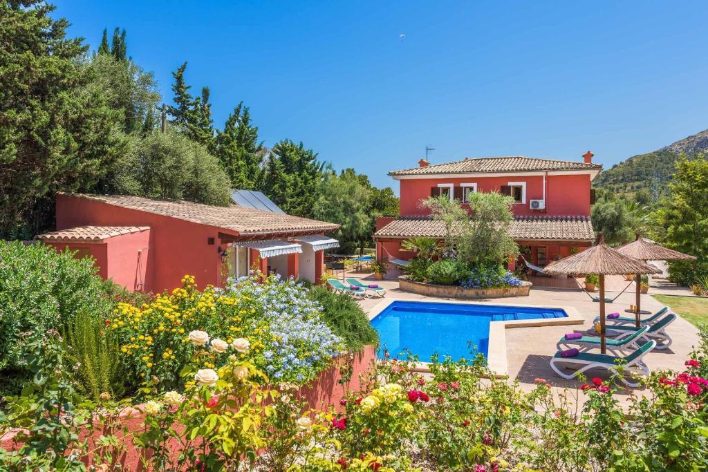วิวสระว่ายน้ำที่ Villa Legendario หรือบริเวณใกล้เคียง