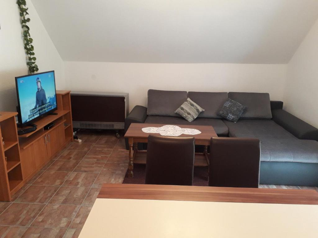 Apartment Mrsinj