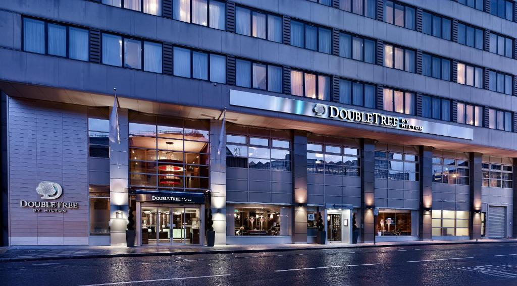 DoubleTree by Hilton London Victoria.