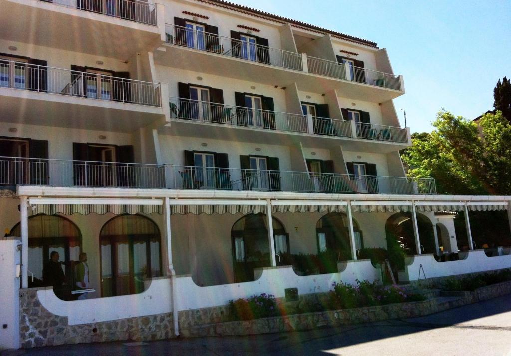 The cost of apartments in Maratea sea