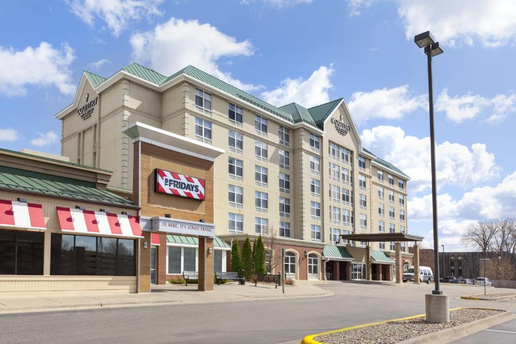 Country Inn & Suites by Radisson, Bloomington at Mall of America.