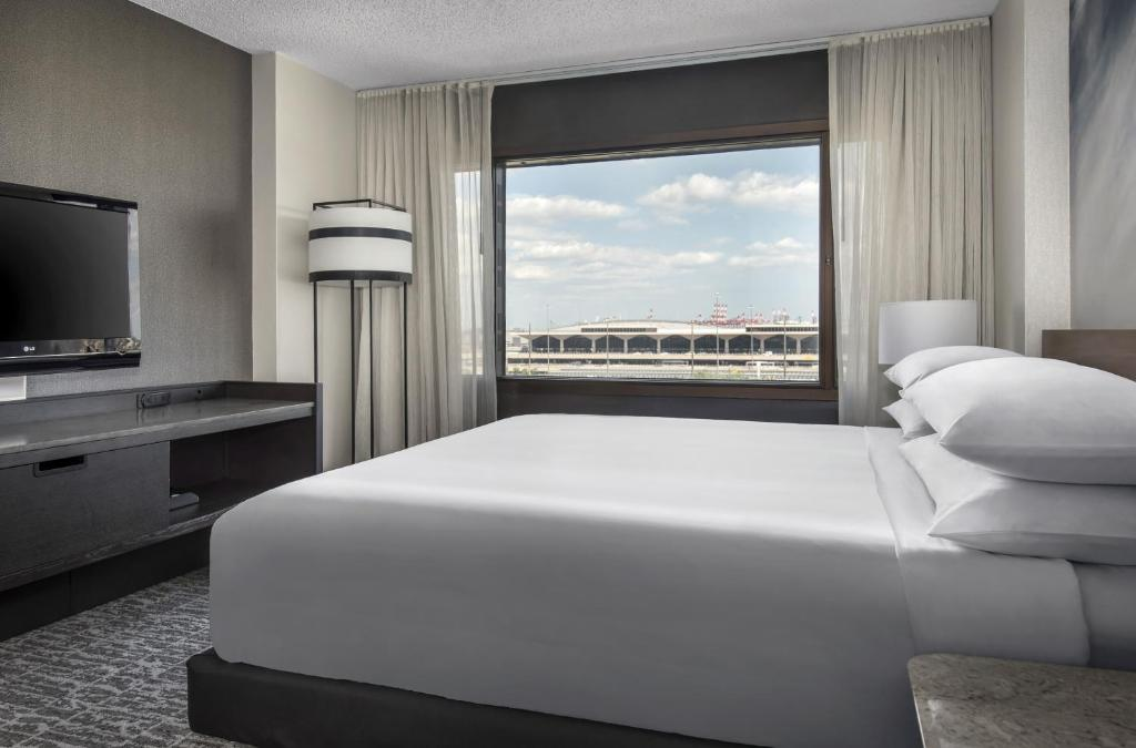 Marriott Newark International Airport Hotel