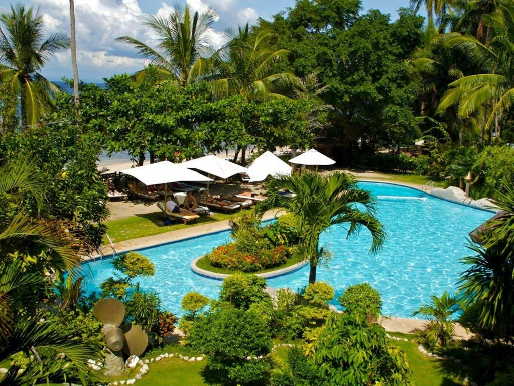 where to stay in Puerto Galera, Coco Beach Island Resort