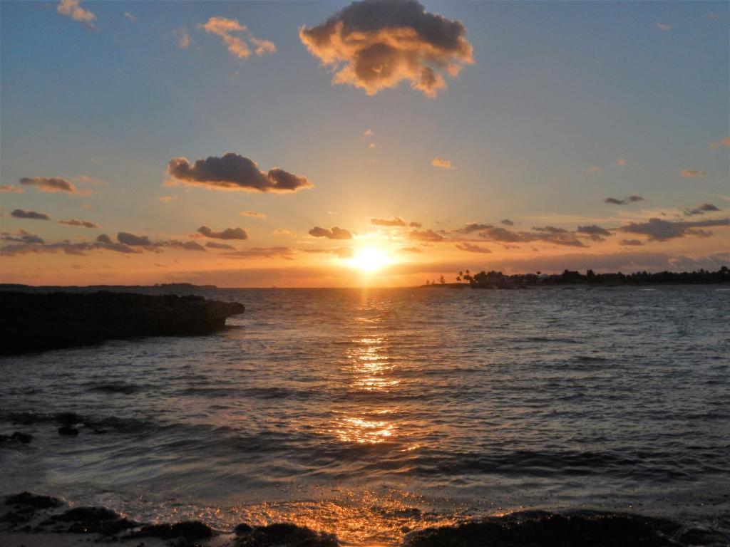 Paradise Island Sunrise Beach Villa Nassau