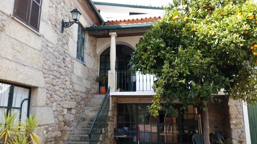 ลานเฉลียงหรือพื้นที่กลางแจ้งของ Nossa Casa na Aldeia