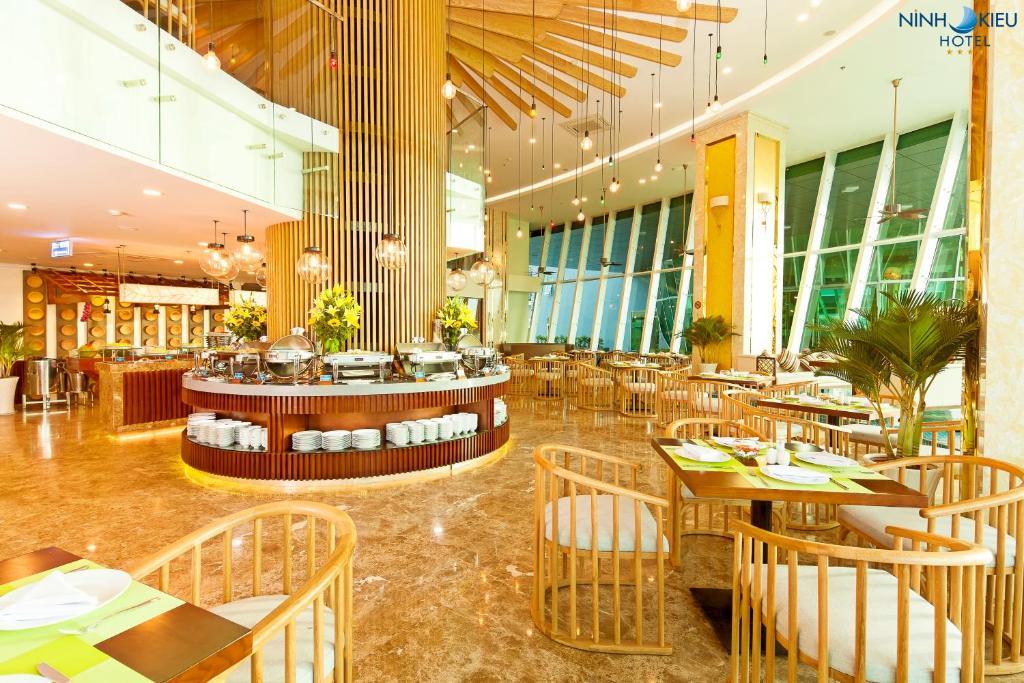 Nhà hàng/khu ăn uống khác tại Ninh Kieu Riverside Hotel
