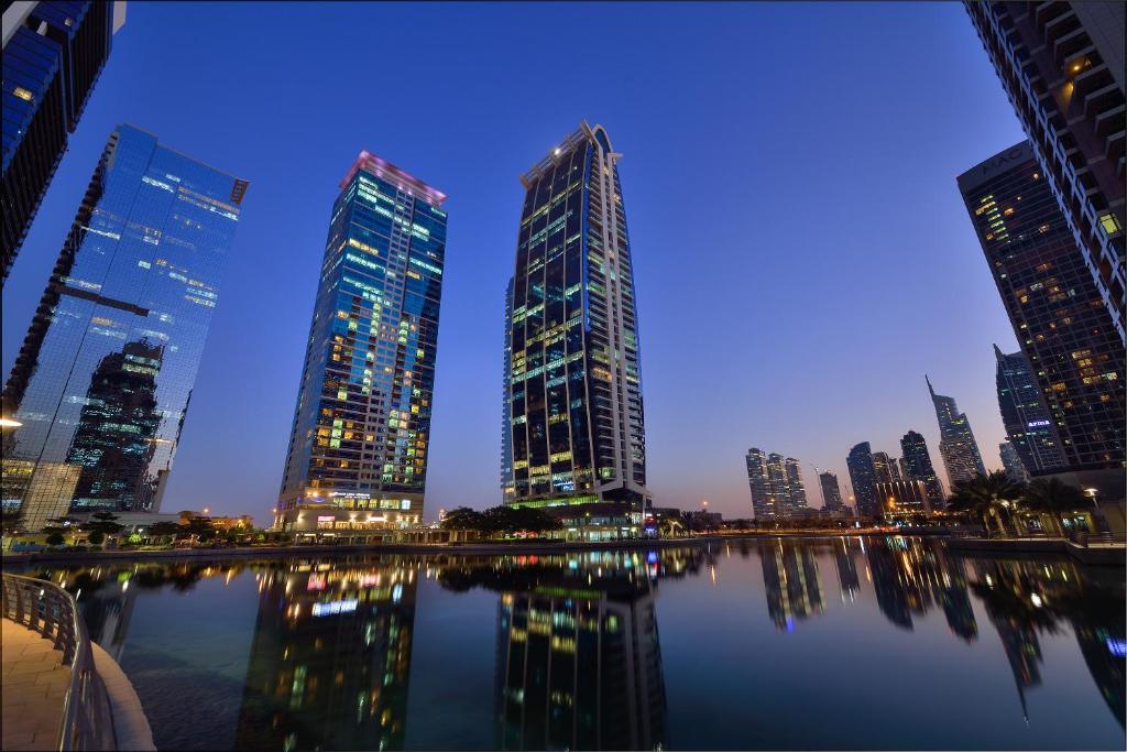 Oaks Liwa Heights Hotel Suites (アパートホテル)(UAE・ドバイ)のセールBooking.comのクチコミ投稿ガイドラインクチコミの言語:実際に泊まった人からのクチコミ