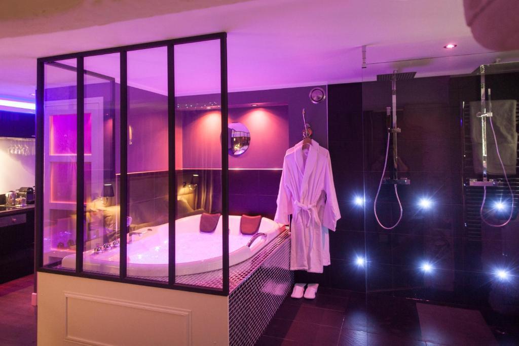 l 39 espace priv rouen. Black Bedroom Furniture Sets. Home Design Ideas