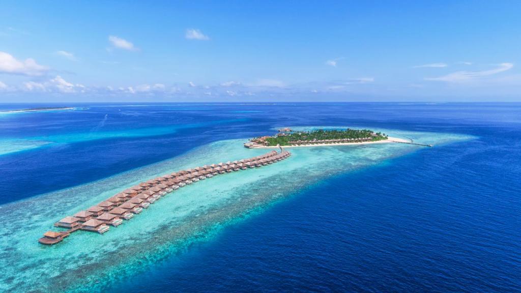 Насладитесь великолепным сервисом в Hurawalhi Island Resort