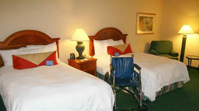Hampton Inn And Suites By Hilton Hotel Wichita Airport Kansas