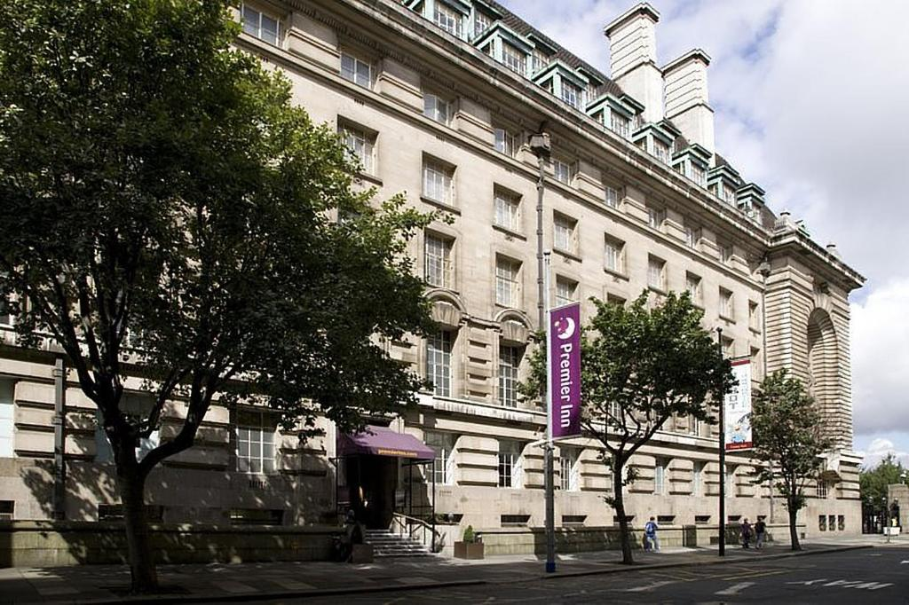 Premier Inn London County Hall.