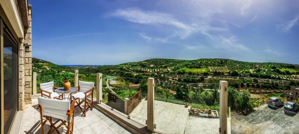 <div data-et-view=NAFQCDCcdXDPdFO:1</div Villa Fourni Archanes